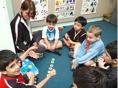 http://tbn1.google.com/images?q=tbn:1YuVvNqos7AoLM:http://www.moreland.vic.gov.au/mccwr/_assets/main/lib91076/commservices-childrenchildcarecentre-2005.jpg