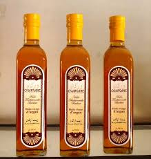 فوائد زيت الاركان........ المغربى رووعة argan-oil-1.jpg