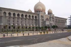 Panel 3 hakim sebulat suara memutuskan Zambry Abdul Kadir sebagai Menteri Besar Perak yang sah.