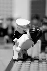 http://tbn1.google.com/images?q=tbn:dz9dVu9psRp1GM:http://www.nocaptionneeded.com/wp-content/uploads/2008/03/lego-kiss.jpg
