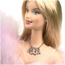 çocuklugumuzun vazgeçilmezi barbieler