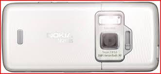 Nokia_20N82_20_2D_20back_20of_20handset_